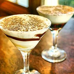 Десерт на сгущенке и кофе