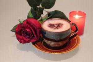 Кофе с розой