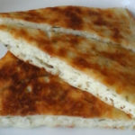 Хачапури на сковороде. Рецепт приготовления хачапури на кефире на скорую руку