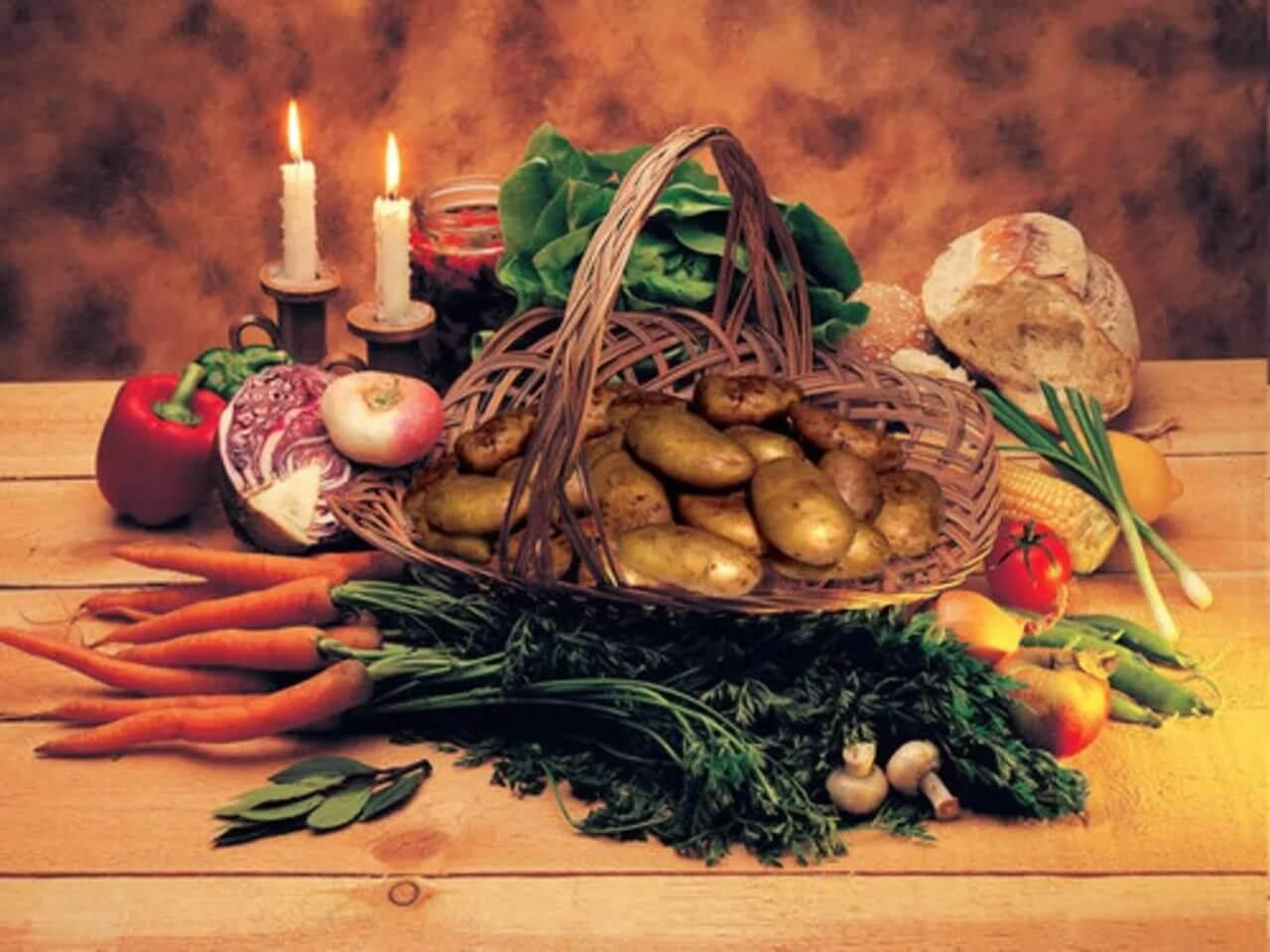 Что нужно есть во время застолья