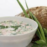 Окрошка на кефире — 3 пошаговых рецепта с фото