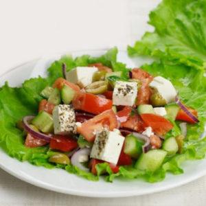 grecheskei-salat - s -brinzoy