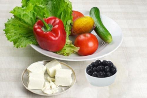 klassicheskiy-grecheskiy-salat - ingridienti