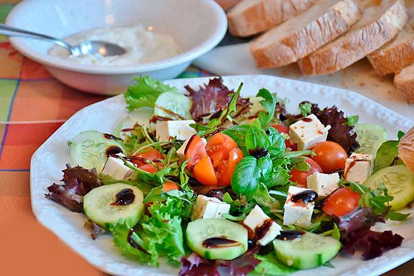 ochen-vkusnyj-grecheskij-salat
