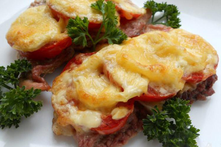 otbivnaya-s-pomidorom-i-sirom 3