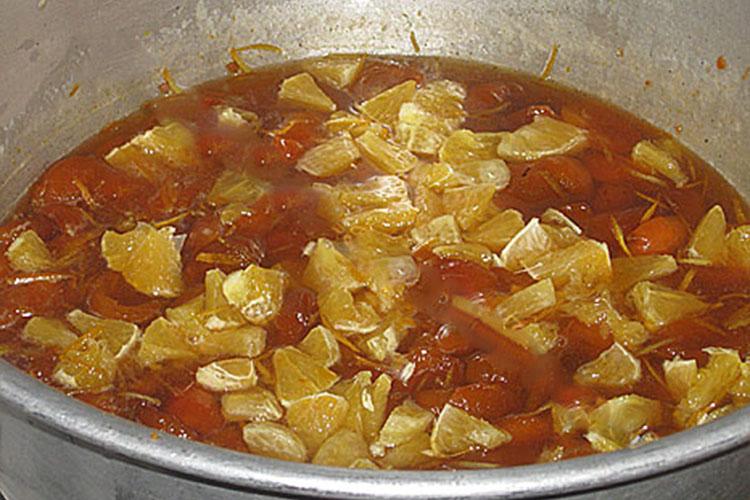 varene-iz-abrikosov-s-yadryshkami-i-apelsinom 12