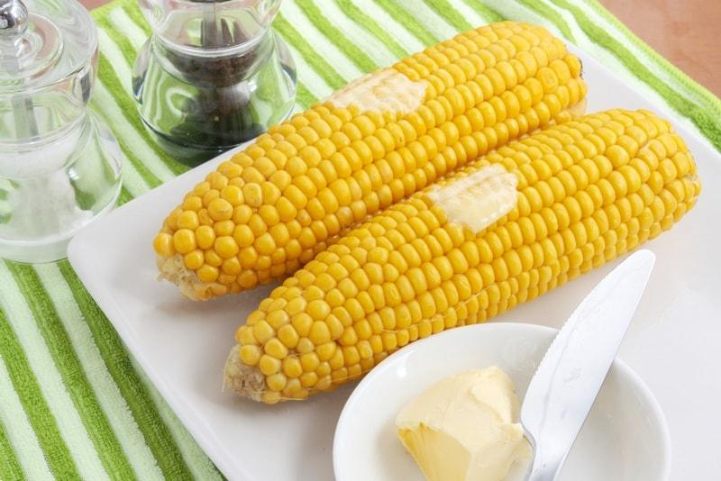 kukuruza-v-multivarke-v-vode 2