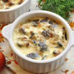Жюльен из грибов и курицы — 3 пошаговых рецепта с фото