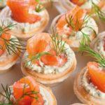 Что приготовить коллегам на 23 февраля вкусно и быстро? 5 оригинальных и простых закусок для любимых мужчин