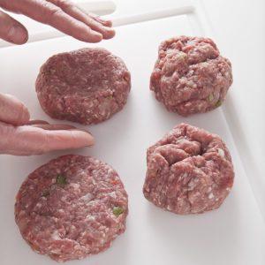 Как сделать гамбургер в домашних условиях - основные правила и пошаговые рецепты